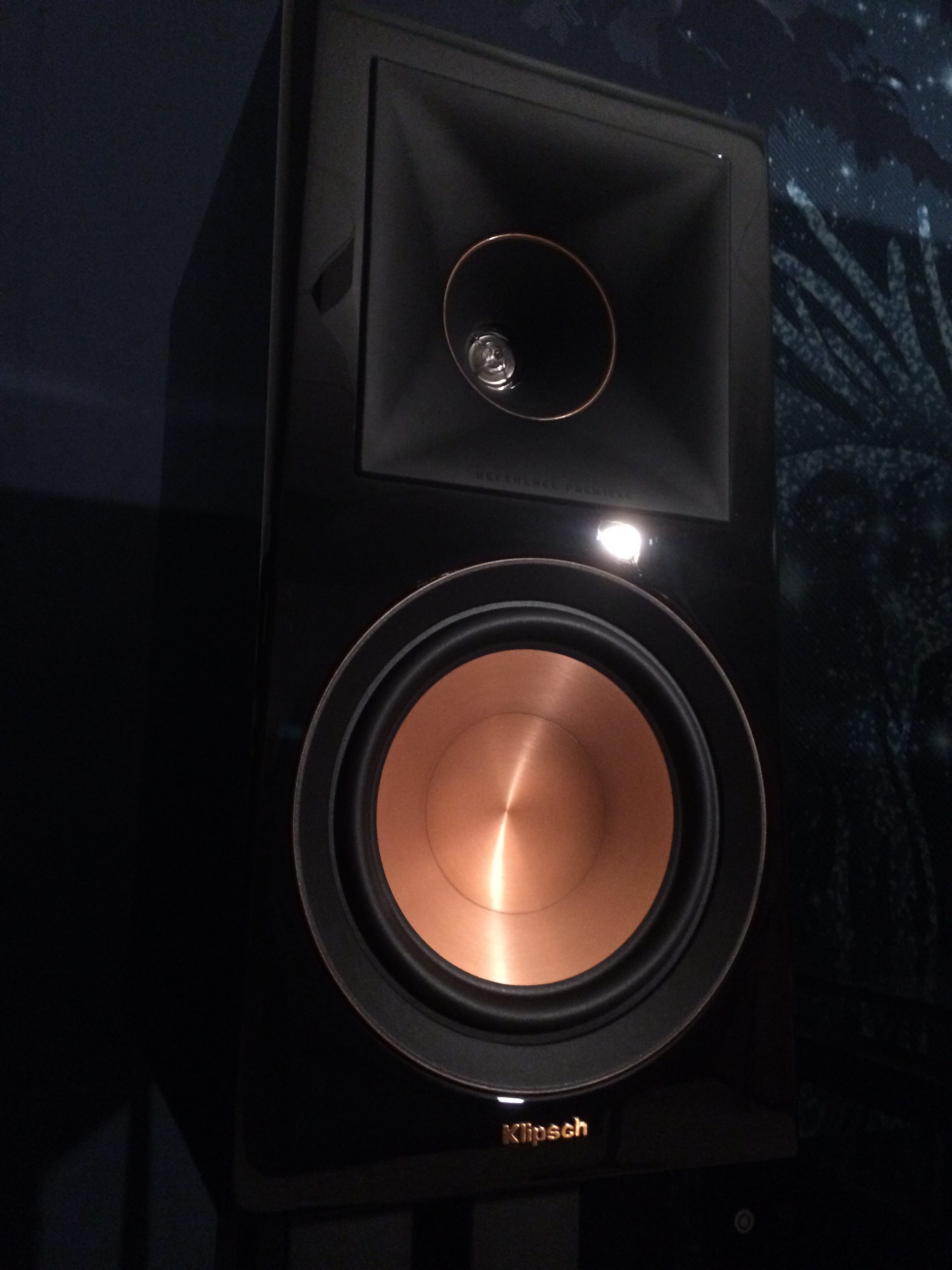Klipsch RP-600M Review - Buyer's Guide to Excellence - Seductive Tech